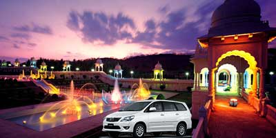 "1 Day ""Star Experience"" Ramoji Film City Tour by Car"